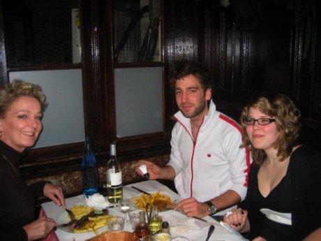 Joris, Rosa en ik bij Chartier in Parijs